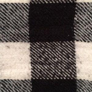 Black/White Checkered Scarf